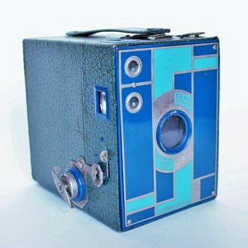 Kodak No.2 Beau Brownie Box Camera - Cameras