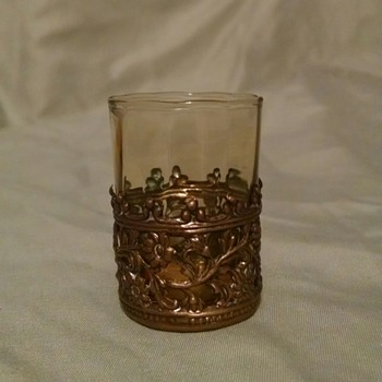 Mystery from Grandma's china cabinet - Glassware