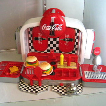 small working diner - Coca-Cola
