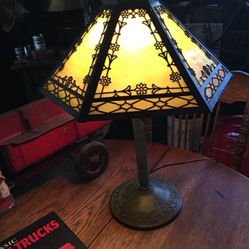 1920's Edward Miller Slag Glass Lamp...six panels  - Lamps