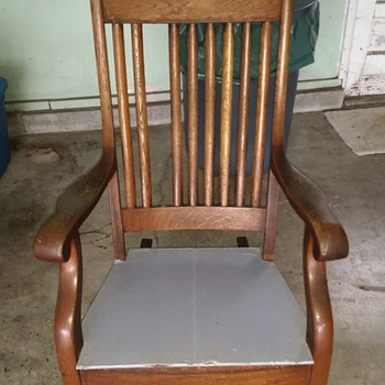 Taylors crest rocking chair
