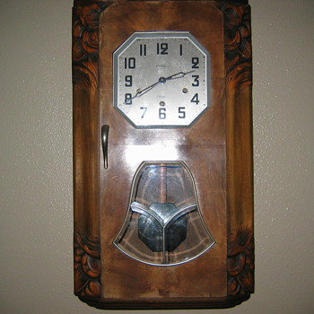 Trying to identify my clock plz help - Clocks