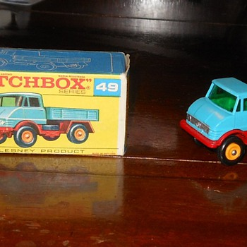 Matchbox #49 Mercedes Unimog Truck - Model Cars