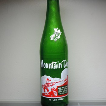 1967 Mountain Dew Hillbilly Soda Bottle ACL Anchor Hocking - Bottles