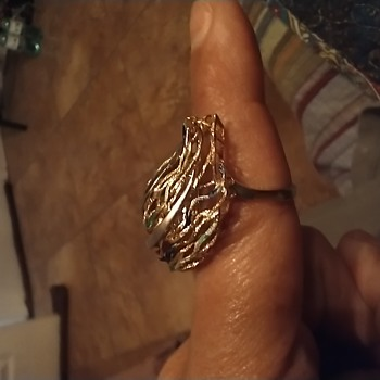 Unique ring unsure of maker  - Fine Jewelry
