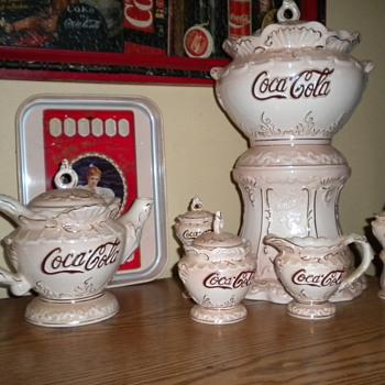 Coca Cola set - China and Dinnerware