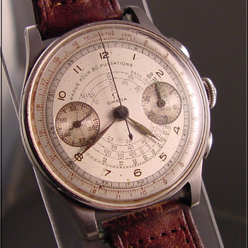1940's Omega 2-Register Chronograph Wristwatch - Wristwatches
