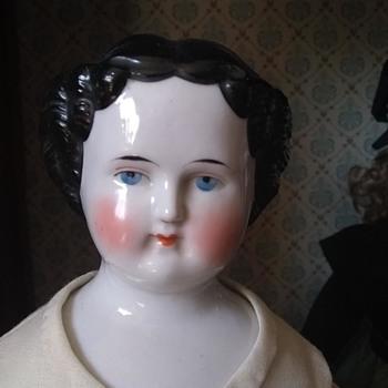 China Lady's Identity - Dolls
