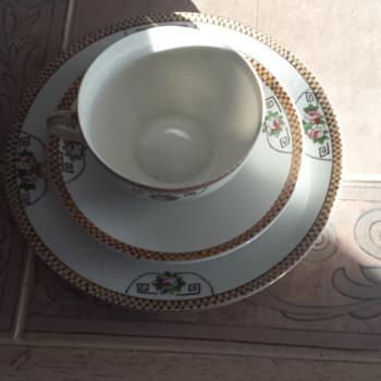 Noritake china set of 5