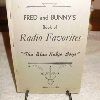Fred and Bunny's Radio favorites  - Music Memorabilia