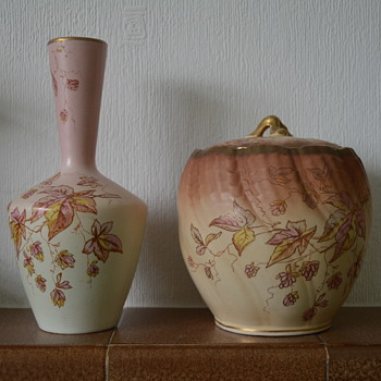 SF & Co biscuit barrel and vase - Pottery