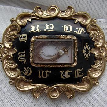 Victorian Mourning Brooch - Victorian Era