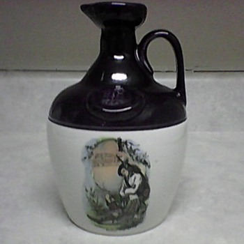 MONTROSE STONEWARE JUG - Pottery