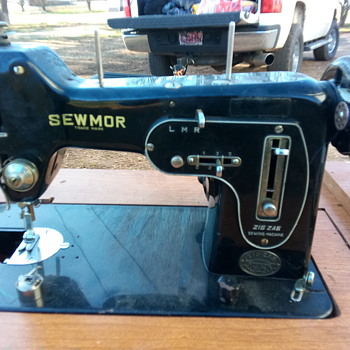 SewMor - Sewing