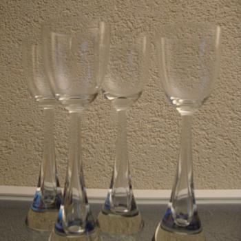scandinavian set - Art Glass
