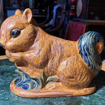 Squirrel Planter - Animals