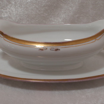 """Hutschenreuther Selb Bavaria """"Gold Trim"""" China Gravy Boat labeled """"Favorite"""" w/ attached underplate.  - China and Dinnerware"""