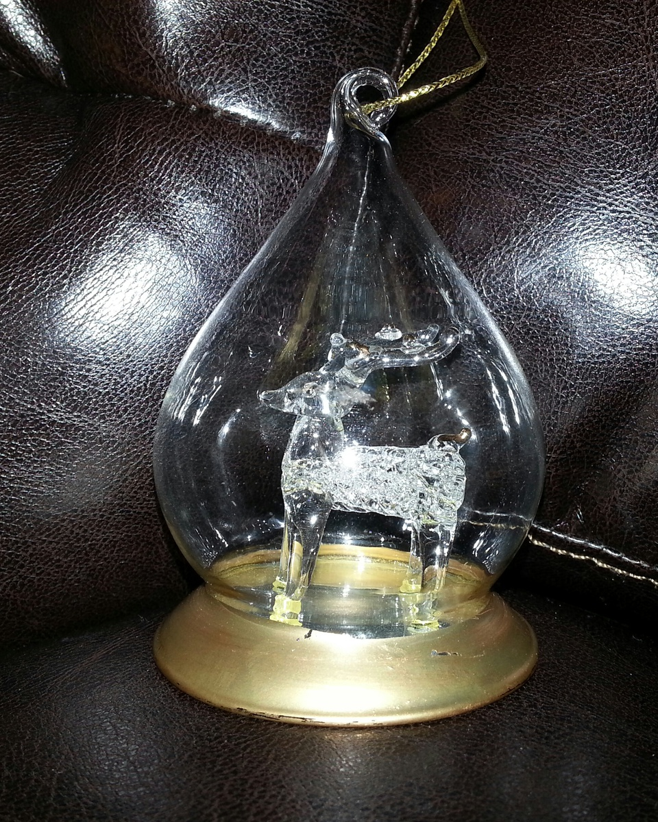 Teardrop Ornaments | Collectors Weekly