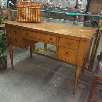 Old desk - Furniture