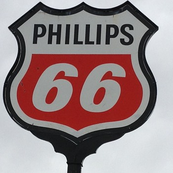 More Phillips 66 - Petroliana