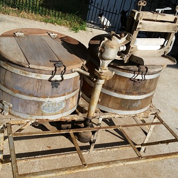"""1918 ABC """"ALCO"""" Double Tub Washer - Tools and Hardware"""