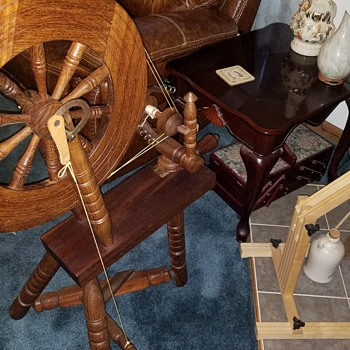 Saxony Spinning Wheel Double Drive - Sewing