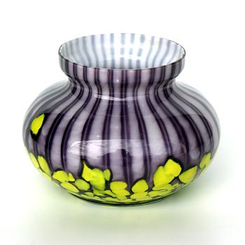 Purple WELZ Stripes and Spots squat vase - Art Glass