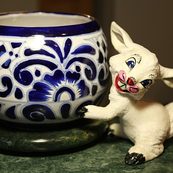 Ceramic Rabbit Pot-hugger? - Animals