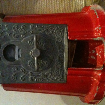 Old gumball machine. Need to know how much it could be worth  - Coin Operated
