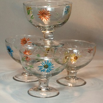 Favorite Hand Blown, Hand Painted Etched Multicolor Floral Sherbet/Dessert Glass Stemware - Glassware