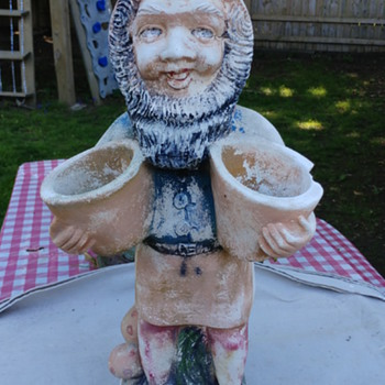 Gnome statue circa 1950ish - Pottery