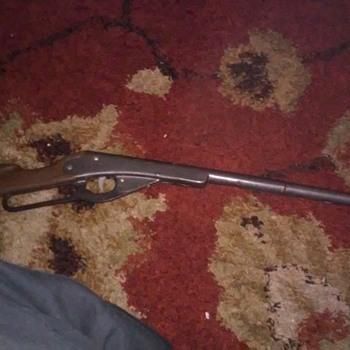 Daisy pop-cap gun (AIR GUN) - Toys