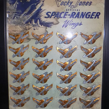 "1954 ""Rocky Jones Space Ranger"" Badges Full Store Display - Advertising"