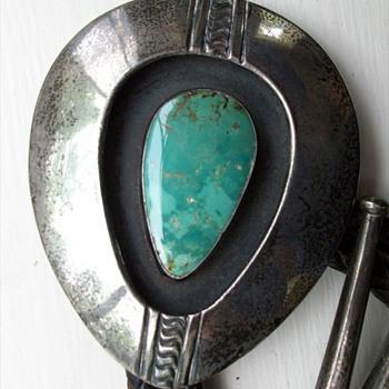 My treasure, (1930's ? Native American Hopi ?) Sterling Silver &  Turquiose Bolo Handmade - Native American