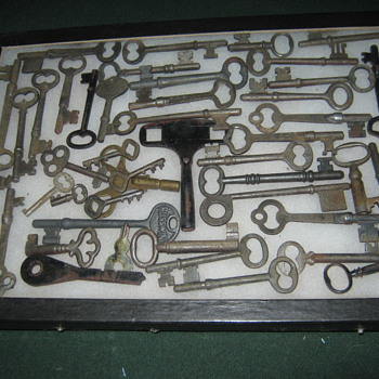 KEYS - Tools and Hardware