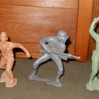Marx 6 Inch Soldiers 1963
