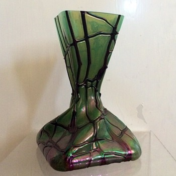 Kralik Amethyst Veined Moss Green Iridescent Square Twist Vase - Art Glass