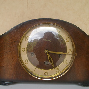 Jauch Triple Chime Mantle Clock