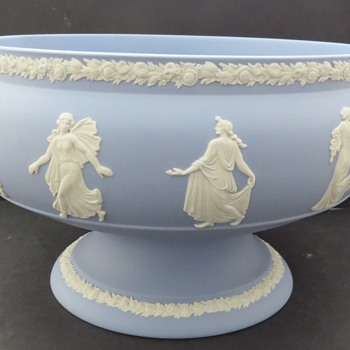 Wedgwood Jasperware Dancing Hours Footed Bowl - China and Dinnerware