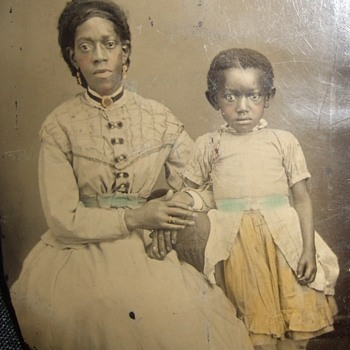 Early African American Mom and child tintype