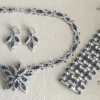 Sherman Formal Pendant Parure — Montana & Clear - Costume Jewelry