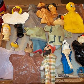 CARTOON  PUPPETS - Toys