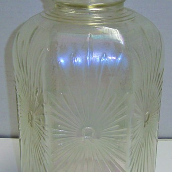 Dominion Gallon 6 Sided Jug w/ R star burst - Bottles