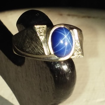 star sapphire/diamond/white gold(?) mens ring marked SIFFARI - Fine Jewelry