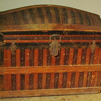 Mid 1880's Martin Maier  Wood slat Barrel Top Trunk  - Furniture