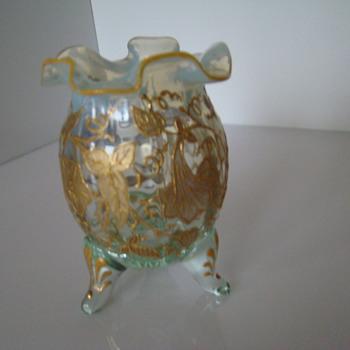 Gold painted egg-shape vase - Art Glass