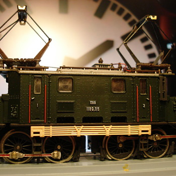 The Austrian Crocodile - Model Trains