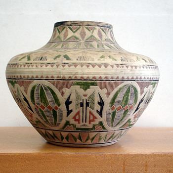 Unusual Austrian handpainted pottery - Pottery