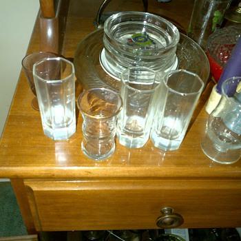More unknowns.... - Glassware