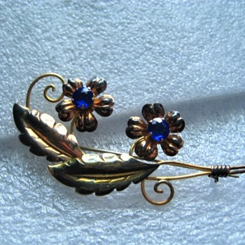 Vintage Van Dell 12k GF / Sterling Brooch with Colbalt Blue Stones - Fine Jewelry